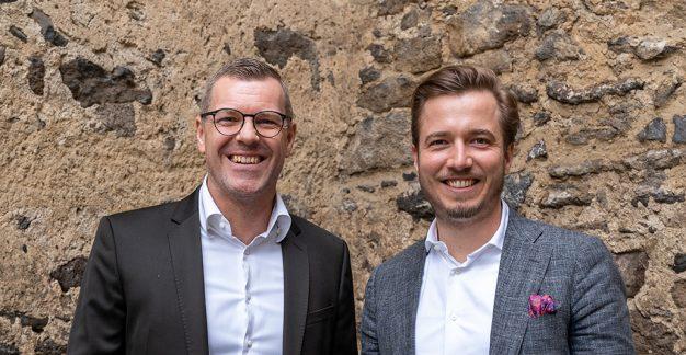 Portraitbild. Links: Lars Mesterheide. Rechts: Christopher Leifeld.